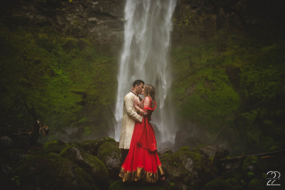 Elowah Falls Wedding | Portland Wedding Photographers | Elopements in Oregon