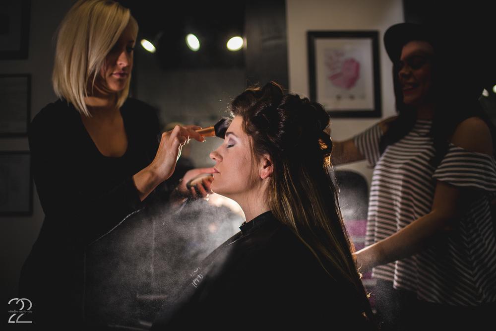 Salon EXP | Wedding Hairstylists | Dayton Wedding Stylists | Cincinnati Wedding Photographers | Fearless Photographers