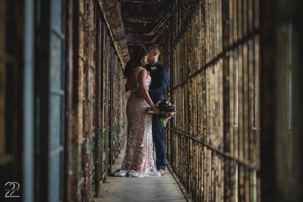 Ohio State Reformatory Wedding | Abandoned Prison | Offbeat Wedding Venues | Columbus Wedding Photographers | Dayton Wedding Photography