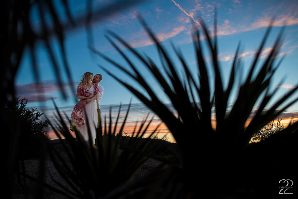 Joshua Tree Engagement | Joshua Tree Elopement | Destination Wedding Photographers | Adventure Engagement Photos