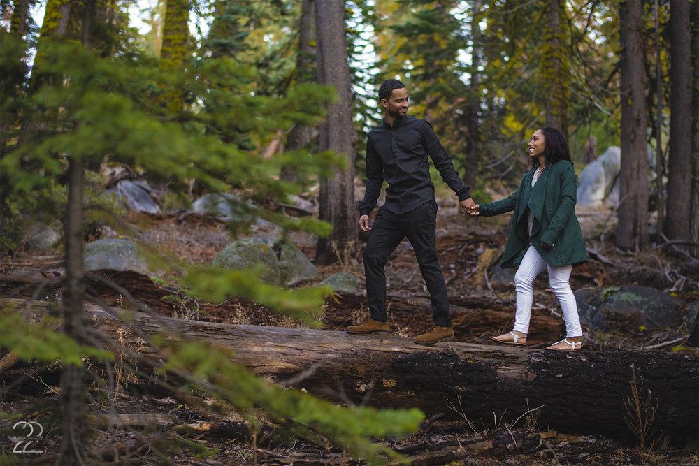 Yosemite Engagement Photos | Taft Point Engagement | Destination Wedding Photographer | Engagement Photos at Yosemite | San Francisco Wedding Photographer | Pacific Northwest Engagement | Portland Wedding Photographer