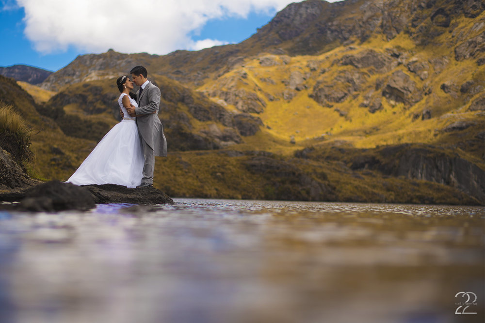Ecuadorian Destination Weddings | Destination Weddings in Ecuador | Cajas National Park | Cajas National Park Wedding | Ecuador Wedding Photo