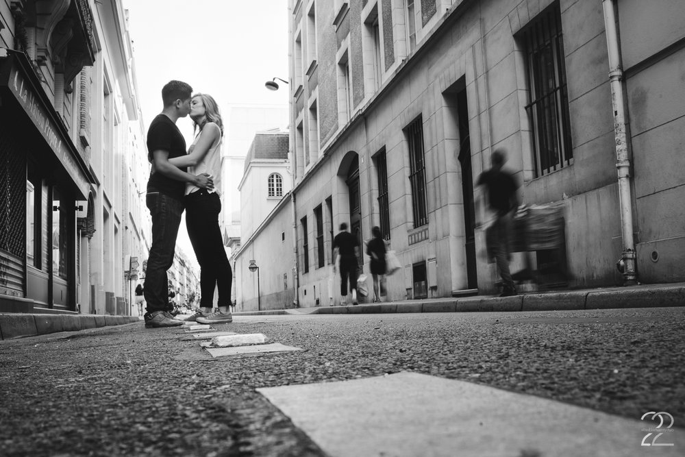 Paris Wedding Photographer | Engagement Session in Paris | Wedding Photographers in France | Destination Wedding Photographers | Best Wedding Photographers in France | Paris Engagement Photo Locations