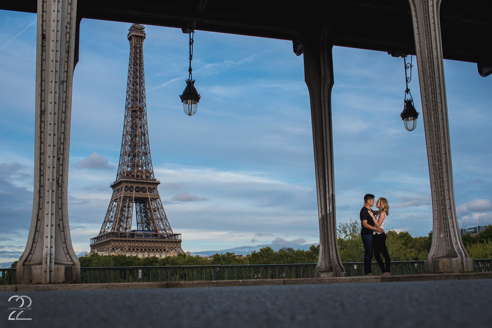 Paris Wedding Photographers | Engagement Photo Ideas Paris | France Engagement Photos | Wedding Photographers in France | Destination Wedding Photographers | Destination Weddings in France | Engagement Photographers in France