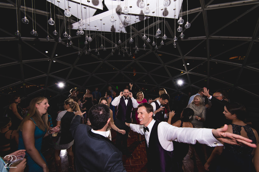 Millennium Hotel Minneapolis Wedding | Rooftop Weddings | Minneapolis Weddings | Wedding Photographers in Minneapolis | St. Paul Wedding Photographers