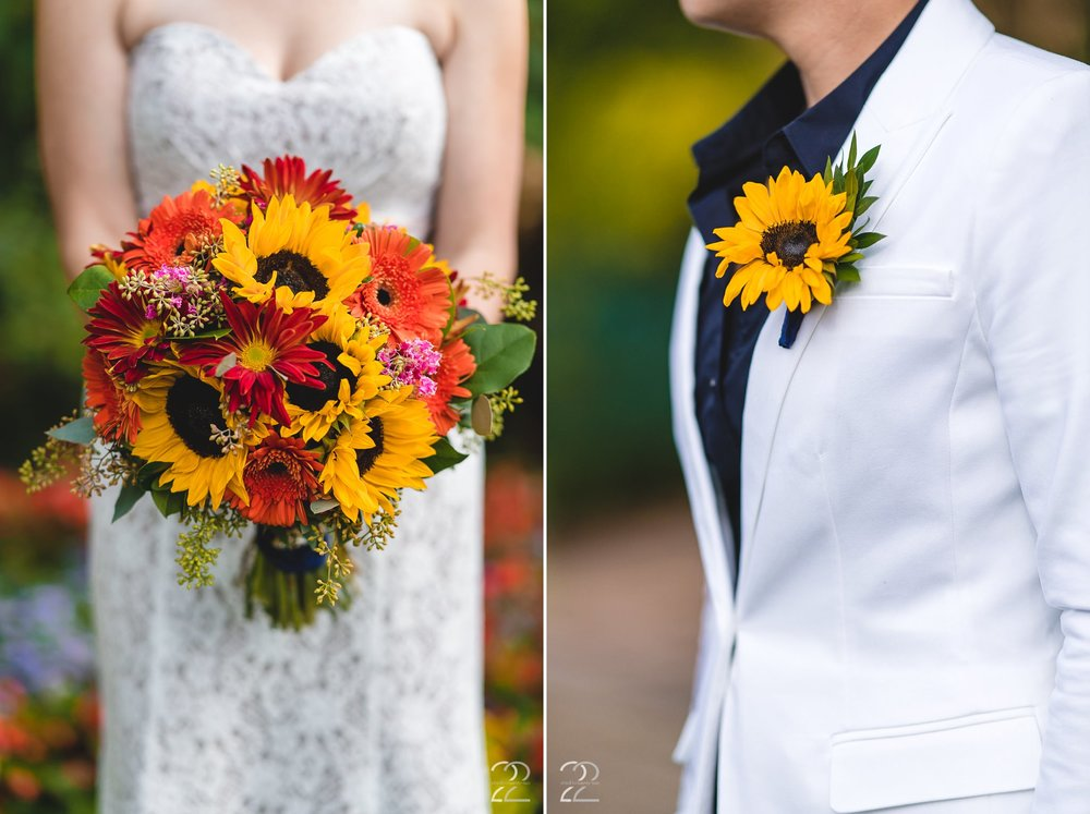 Floral V Designs | Floral V Weddings | Wedding Bouquets | Sunflower Wedding Florals | Sunflower Boutonniere | Autumn Wedding Florals | Dayton Wedding Photographers | Cincinnati Wedding Photographers