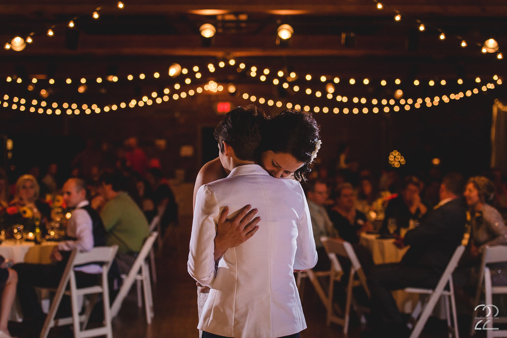 First Dance Top of the Market | Top of the Market Wedding Venue | Dayton Wedding Photographers