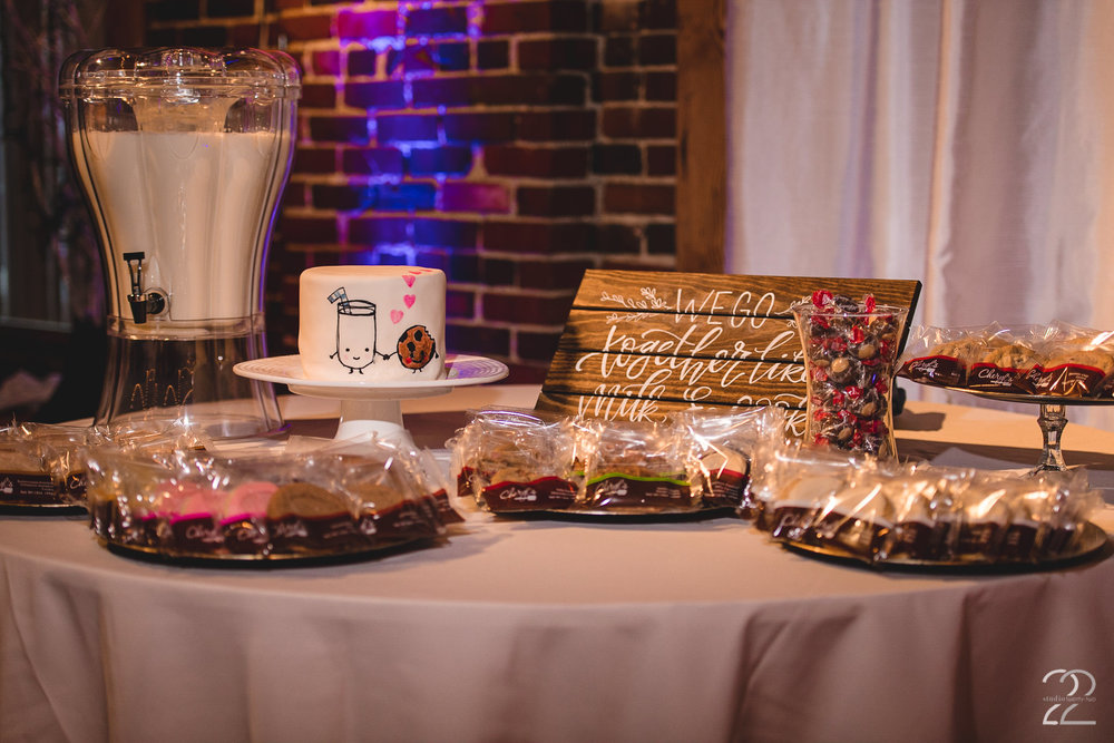 Milk and Cookie Bar Wedding | Wedding Reception Inspiration | Cheryl's Cookies Wedding | Top of the Market Weddings | Dayton Wedding Photographers