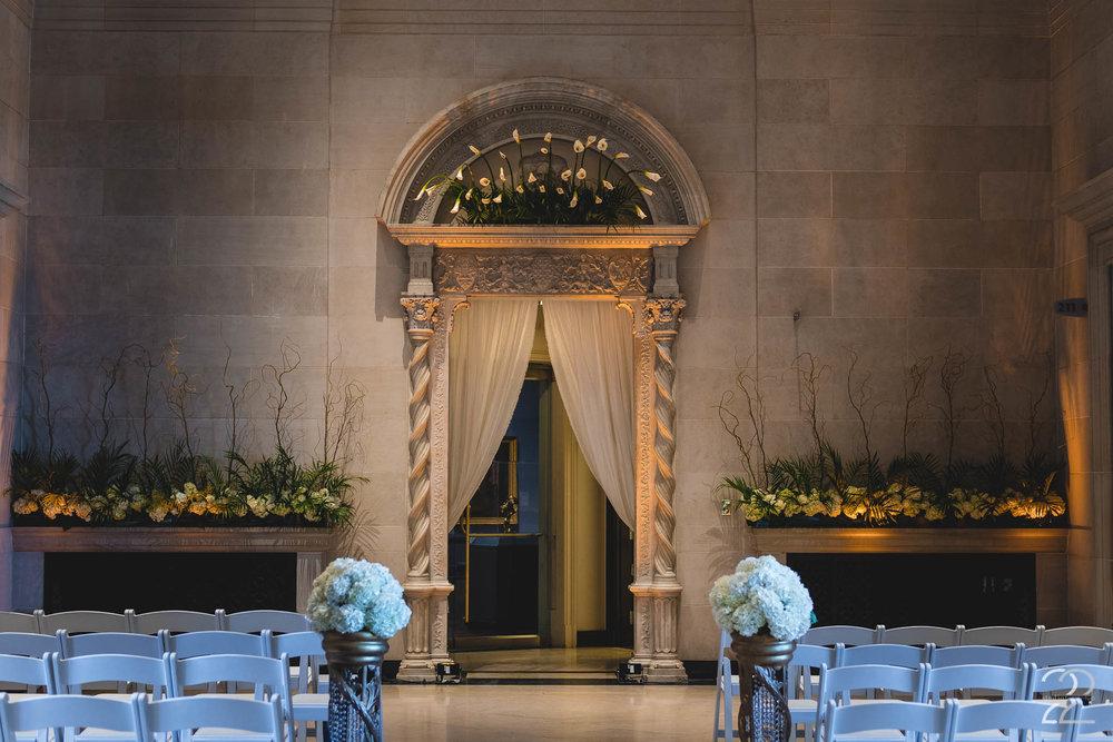 The Flower Shoppe | Wedding Floral Designs | Dayton Floral Shops | Wedding Venues in Dayton | Dayton Art Institute Weddings | Dayton Wedding Photographers