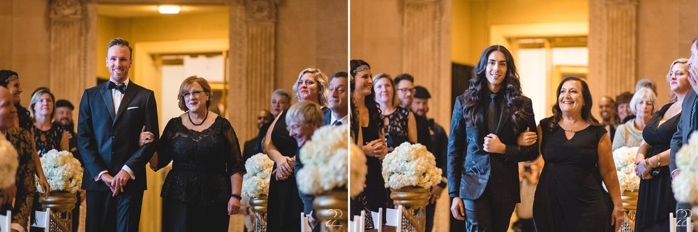 Dayton Art Institute Weddings | Same Sex Wedding Photos | Wedding Photographers in Dayton | Cincinnati Wedding Photographers | Best Wedding Venues in Ohio | Columbus Wedding Photography