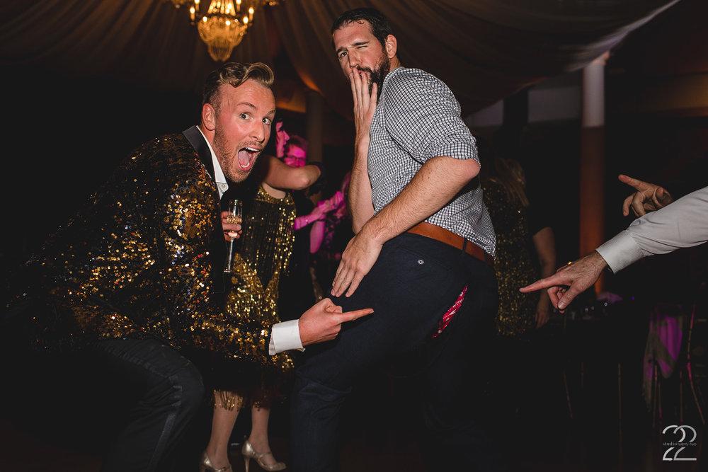 Dayton Art Institute Weddings | Best Wedding Receptions | Prime Time Party Rentals | Entertainment Unlimited | Dayton Wedding Photographers | Cincinnati Wedding Photographers