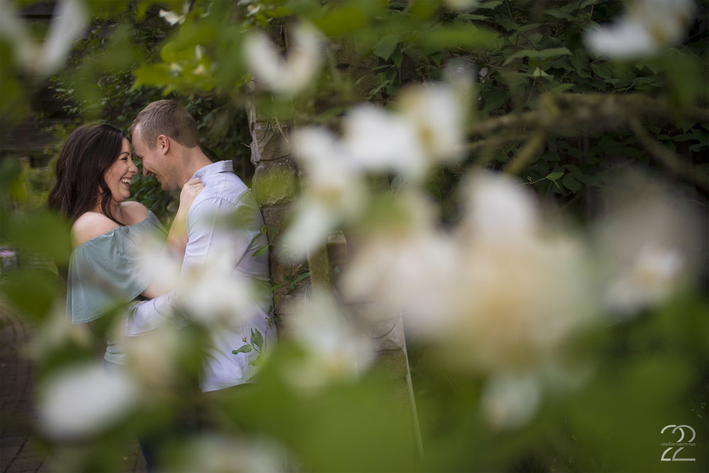 Wegerzyn Garden Engagement Photo | Wegerzyn Garden MetroPark | Dayton Engagement Session