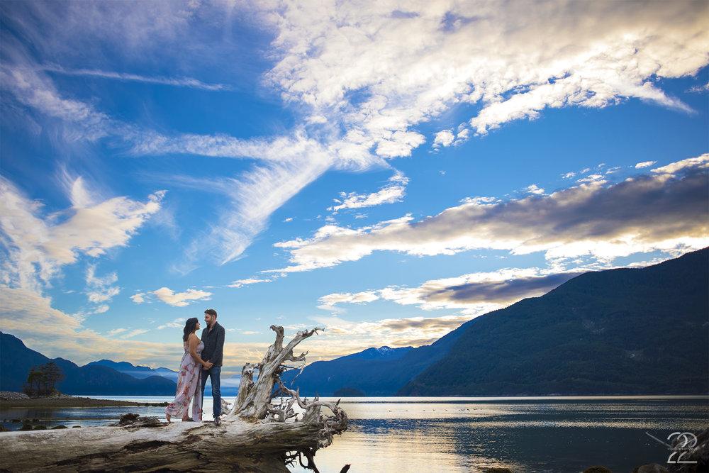 Squamish Engagement Photos | Porteau Cove Engagement | Vancouver Wedding Photographers | Vancouver Engagement Photos | BC Adventure Engagements
