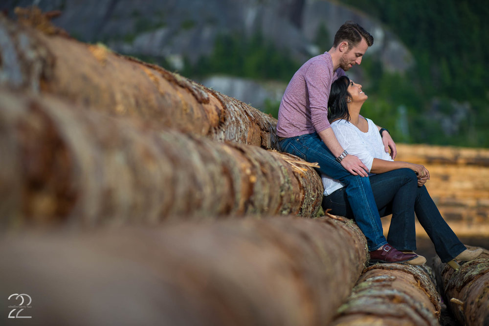 Squamish Engagement Photo Ideas | Engagement Photos in Vancouver | Wedding Photographers in Vancouver | Squamish Wedding Photographers | Engagement Photos in Vancouver