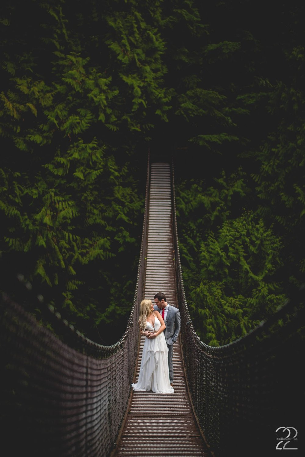 find the best seattle wedding photographer
