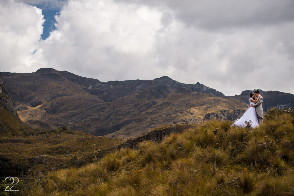 El Cajas National Park | Cuenca Ecuador Wedding | Ecuador Destination Wedding | Wedding Photographers in Quito | Cuenca Wedding Photo