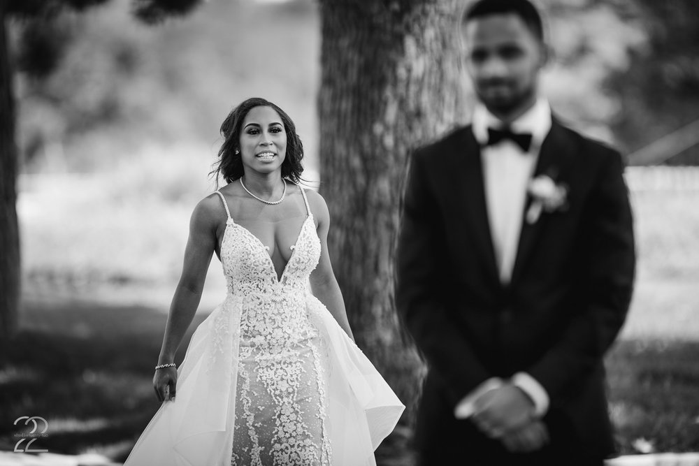First Look Wedding Photo | Greenacres Wedding | Cincinnati Wedding Photo | Wedding Photographers Cincinnati