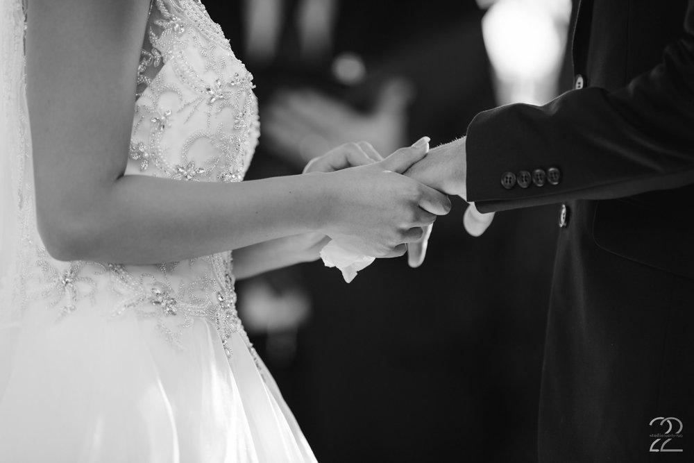 The Willow Tree Wedding | Dayton Wedding Photographer | Wedding Photographers in Columbus | Willow Tree Weddings | Columbus Wedding Photographer | Dayton Wedding Photography