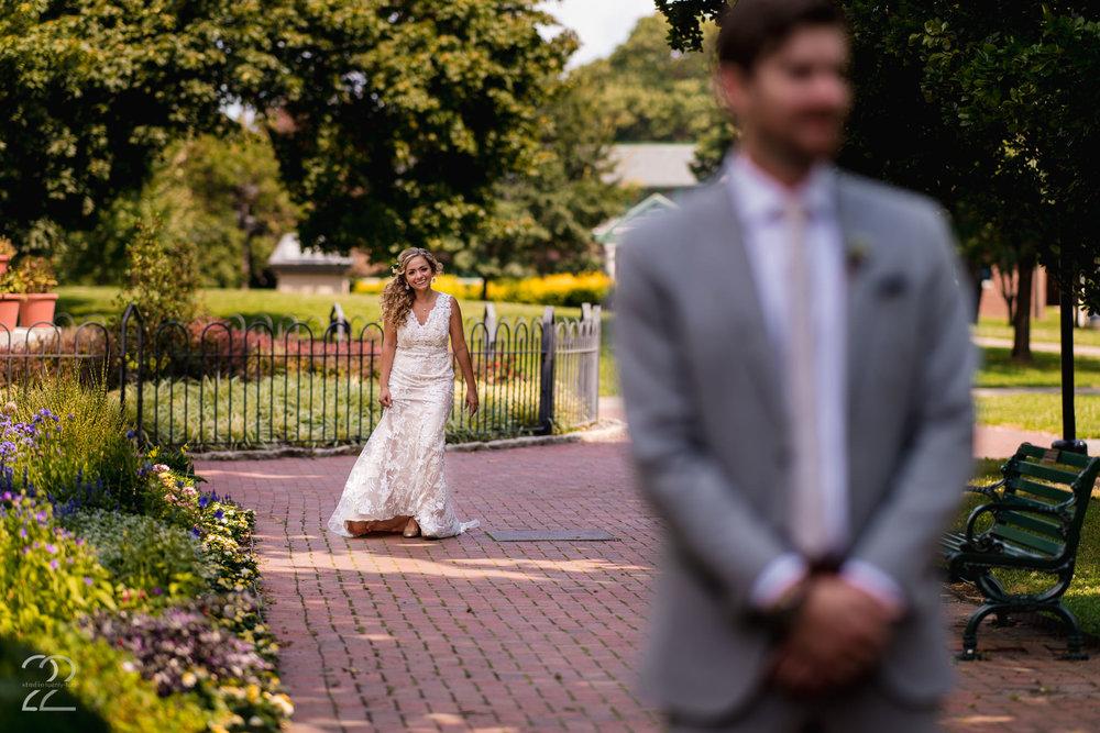 Columbus Wedding Photographer | Schiller Park Wedding | Schiller Park Columbus | Strongwater Columbus Wedding | First Look Wedding Photos