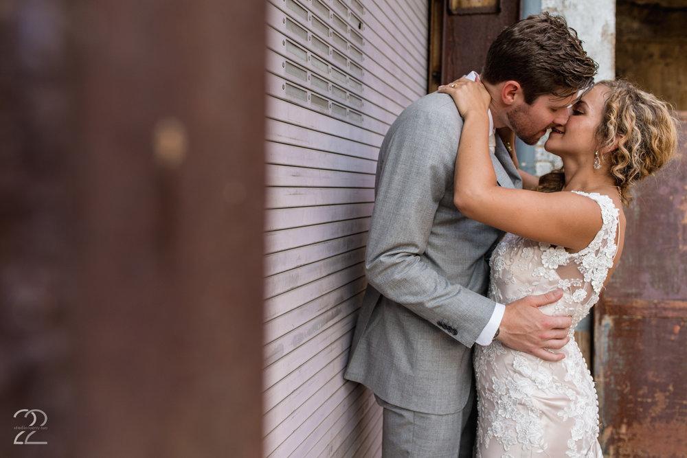 Strongwater Columbus Wedding | Columbus Wedding Photo | Wedding Photographers in Columbus | Best Columbus Wedding Venues