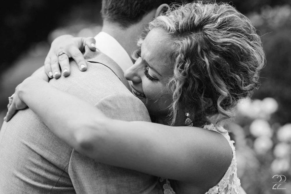 Columbus Wedding Photographer | Schiller Park Wedding | Schiller Park Columbus | Strongwater Columbus Wedding | First Look Wedding Photos | Columbus Wedding Photographer