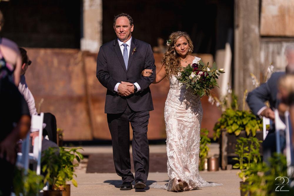 Strongwater Columbus Wedding | Wedding Photographers in Columbus | Columbus Wedding Photography