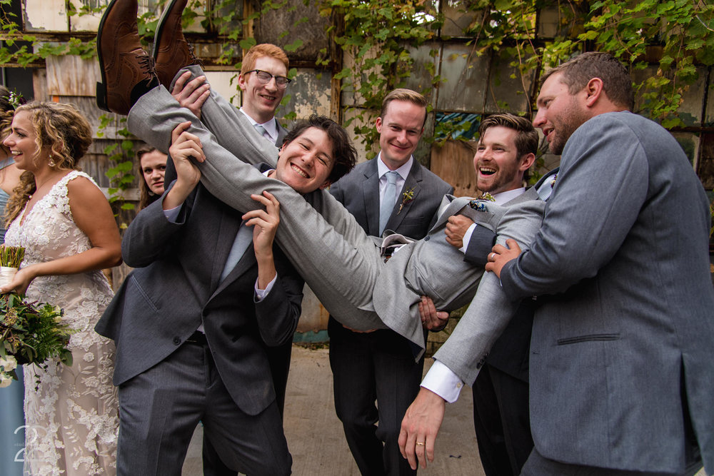Columbus Wedding Photographer | Wedding Photographers in Columbus | Strongwater Columbus