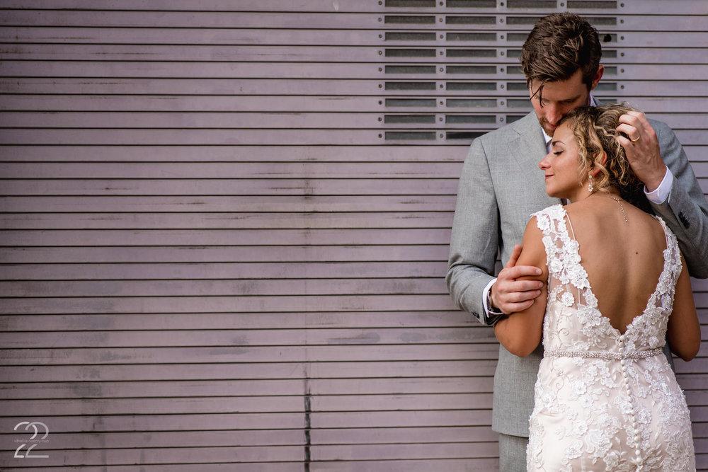 Columbus Wedding Photos | Strongwater Columbus Wedding | Columbus Wedding Photographer