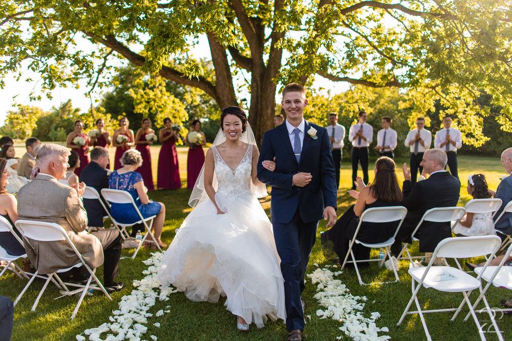 The Willow Tree Wedding | Dayton Wedding Photographer | Columbus Wedding Photographers | The Willow Tree Tipp City | Wedding Photographers in Dayton