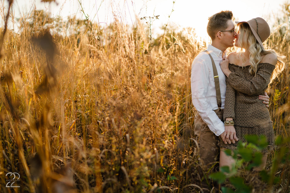 Wegerzyn Gardens Engagement Photos | Wegerzyn Garden Engagement | Dayton Engagement Photos | Wedding Photographers in Dayton