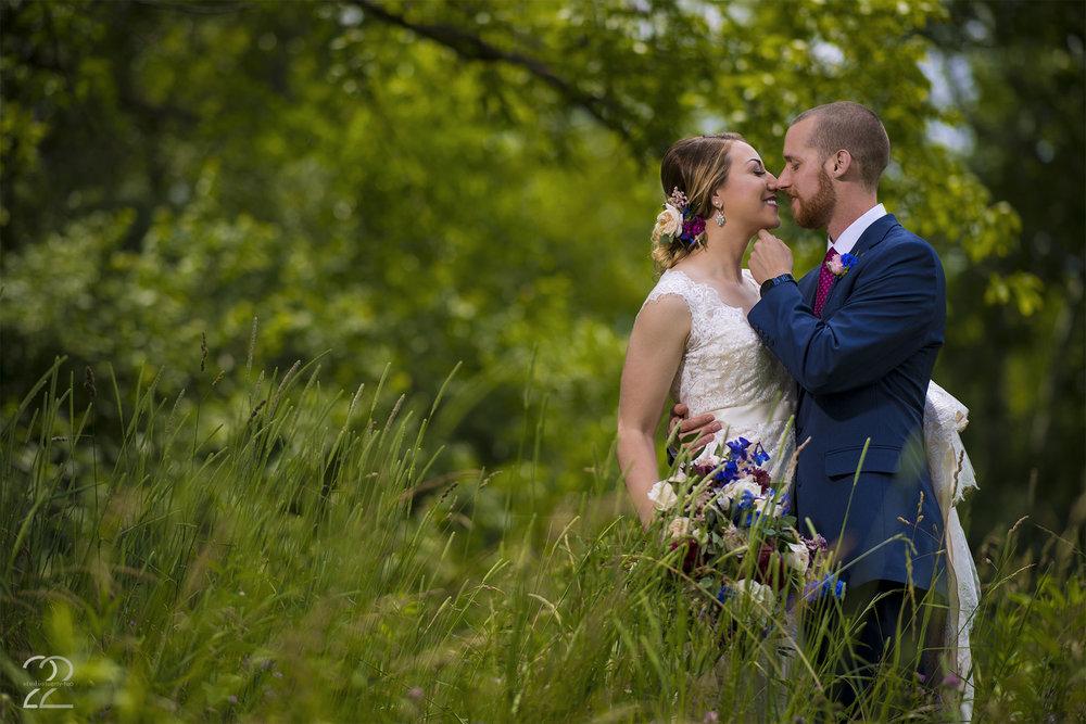 Dayton Wedding Photographers | Canopy Creek Farm Wedding | Ohio Barn Wedding Photos | Wedding Photographers in Columbus | Canopy Creek Miamisburg | Interfit Photographic S1