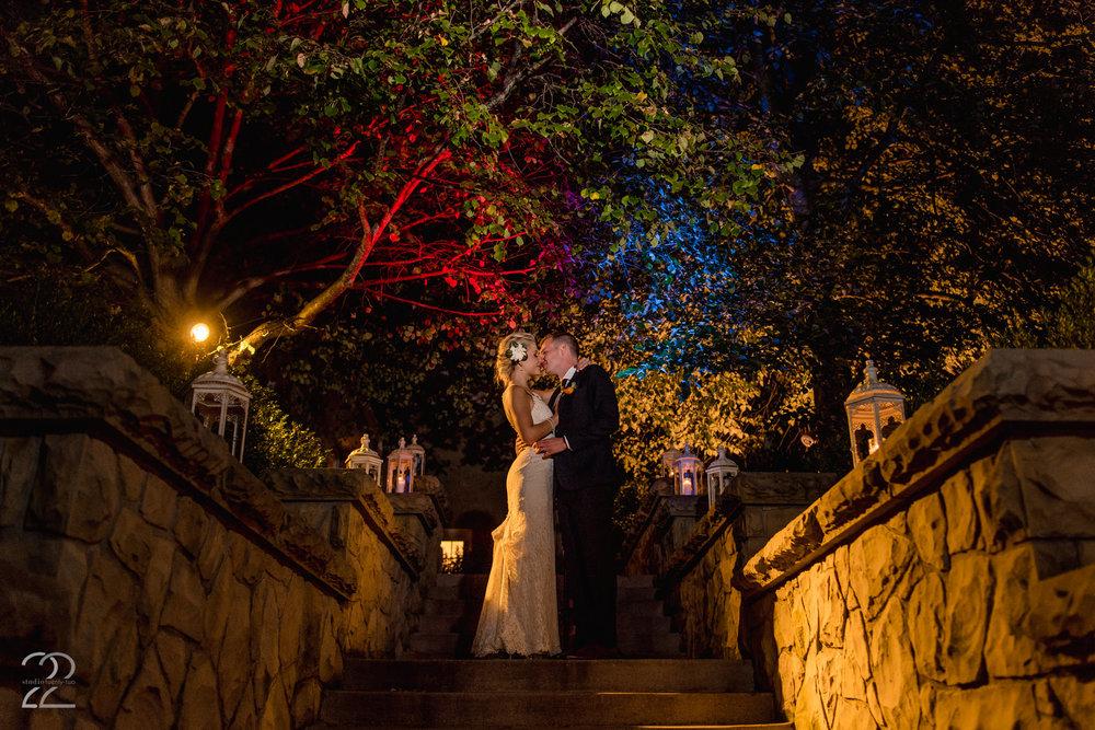 Bryn Du Mansion Weddings | Columbus Wedding Photographers | MagMod Flash Photos | Off Camera Flash Wedding Photos | Wedding Photographers in Columbus | Dayton Wedding Photographers