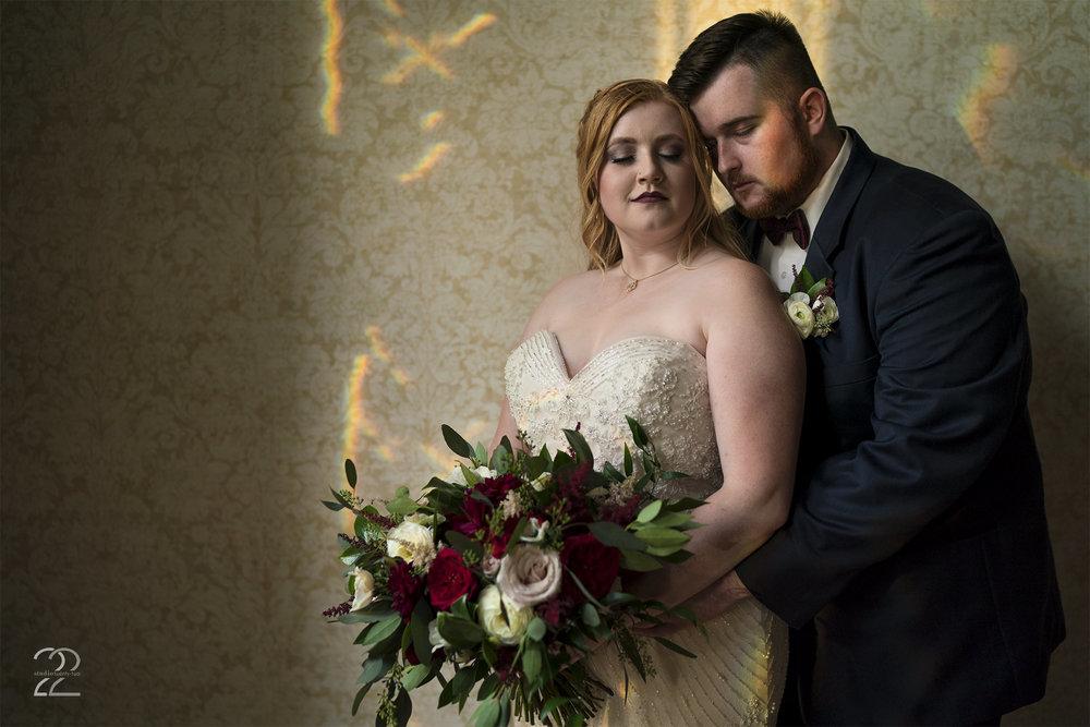 Warrenwood Manor Wedding | Wedding Photographers in Lexington | Louisville Wedding Photographer | Rustic Outdoor Wedding Photos | Sherwood Florist Dayton | Dayton Wedding Photographers | Studio 22 Photography