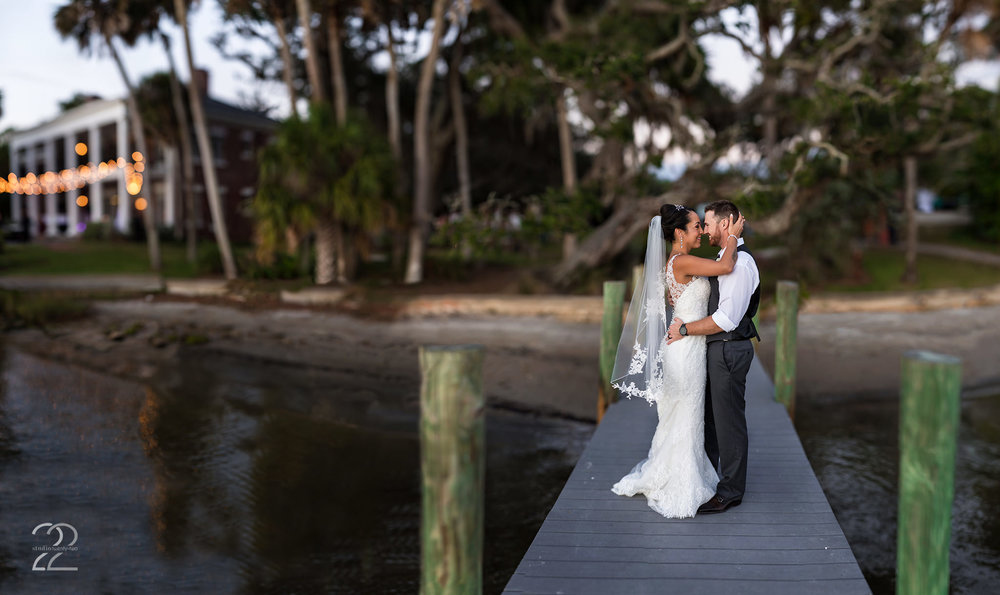 Bay Preserve at Osprey Weddings | Sarasota Wedding Photographer | Brenizer Method Photo | Destination Wedding Photographer | Florida Destination Wedding