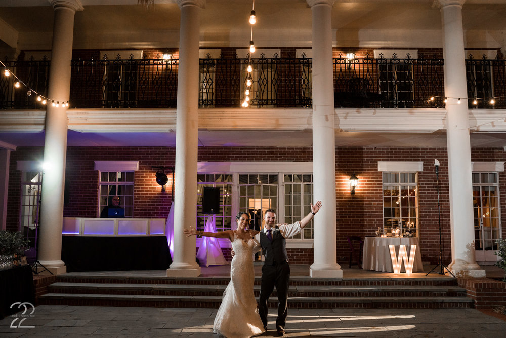 Bay Preserve at Osprey Weddings | Sarasota Wedding Photographers | Wedding Venues in Sarasota | Destination Weddings in Florida | Florida Wedding Photographers