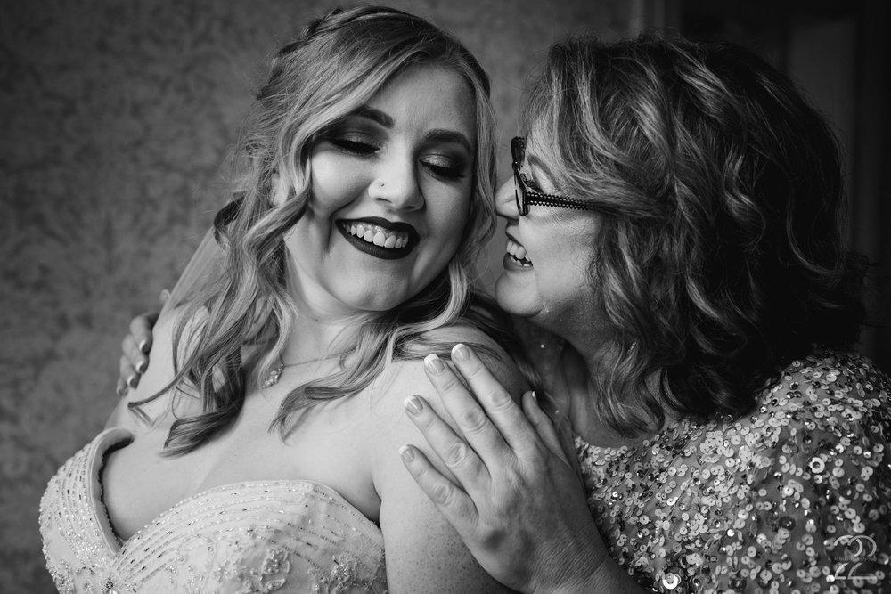 Warrenwood Manor Weddings | Destination Wedding Photographers | Lexington Wedding Photographers | Wedding Photography in Lexington | Louisville Wedding Photographers | Kentucky Brides