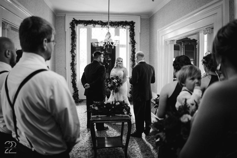 Warrenwood Manor Weddings | Lexington Wedding Photographers | Louisville Wedding Photography | Destination Wedding Photos | Kentucky Brides