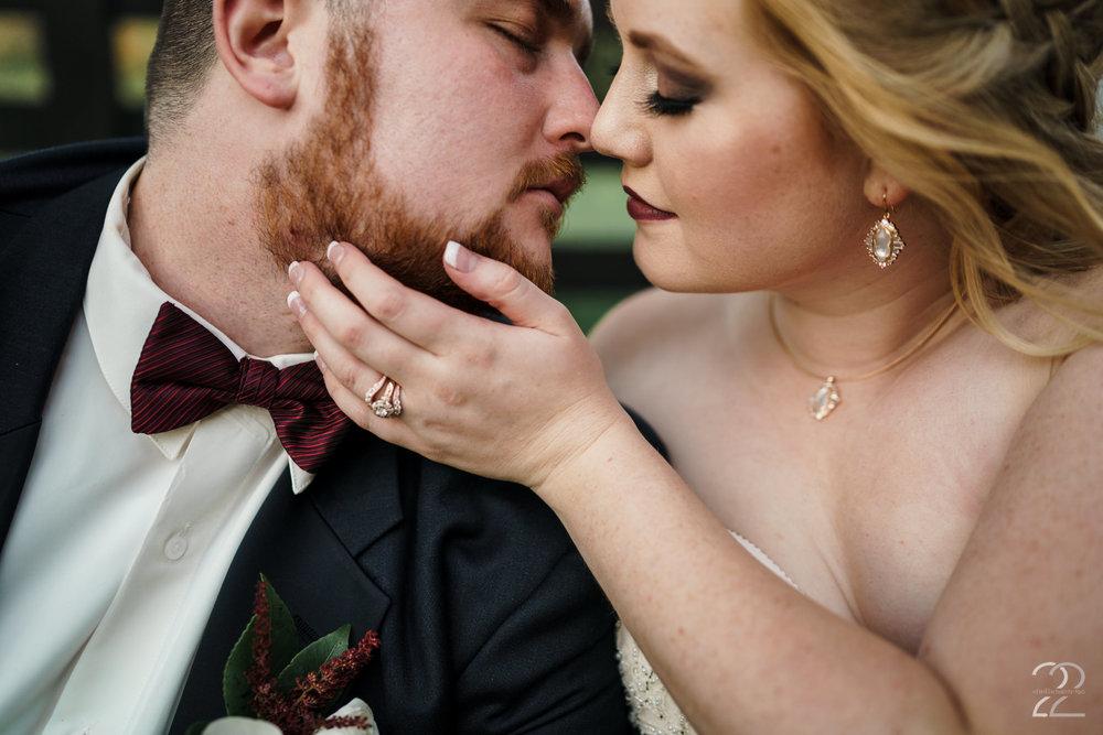 Louisville Wedding Photographers | Lexington Wedding Photography | Warrenwood Manor Weddings | Wedding Photos in Lexington