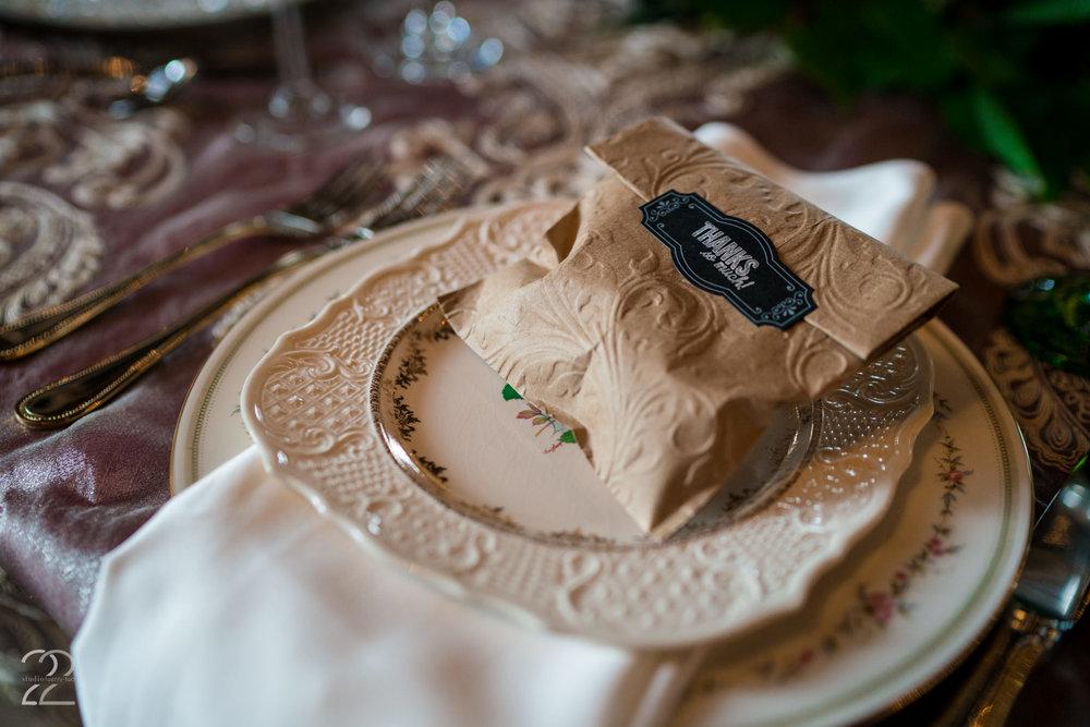 Southern Wedding Inspiration | Country Wedding Decor Ideas | Sherwood Florist Dayton | Lexington Wedding Photographers | Warrenwood Manor Weddings