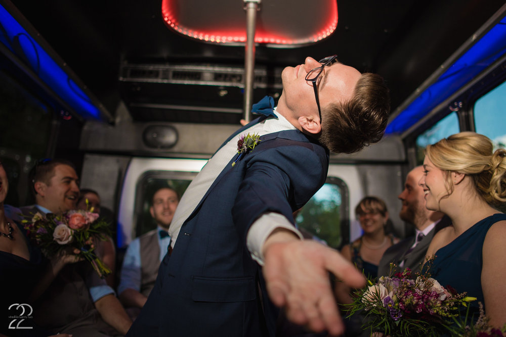 Party Bus Wedding | Cincinnati Wedding Photographers