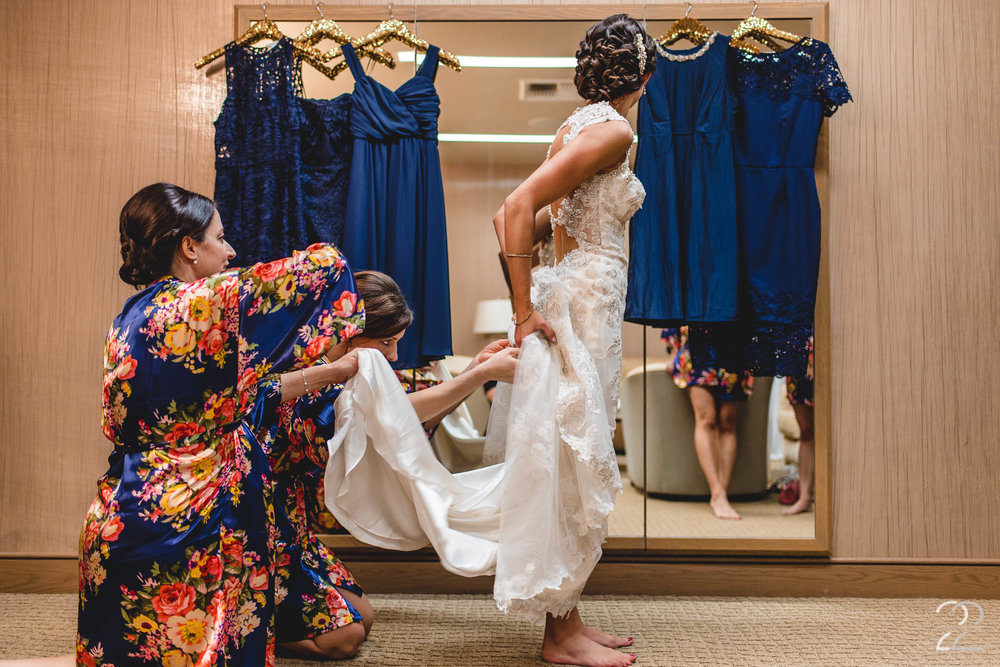 Coeur D'Alene Resort Wedding | Spokane Wedding Photographer | Getting Ready Photos | Coeur D'Alene Wedding Photographers | Wedding Photographers in Spokane