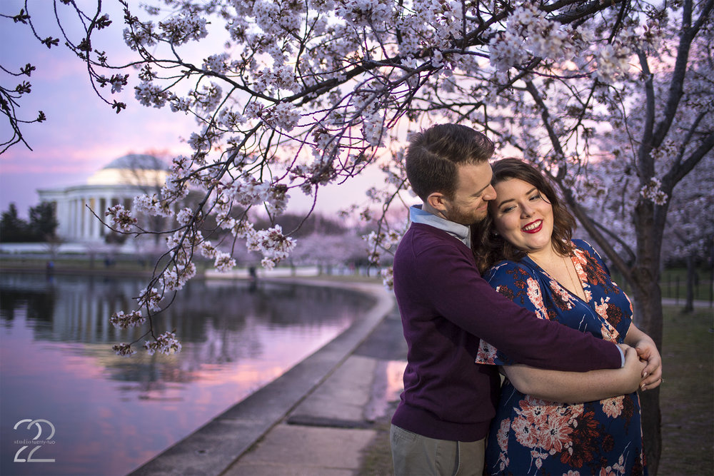 Washington D.C. Engagement Photos | Jefferson Memorial Sunrise | Wedding Photographers in D.C. | Destination Wedding Photographer | Sunrise Engagement Photos | Best Engagement Photos 2017