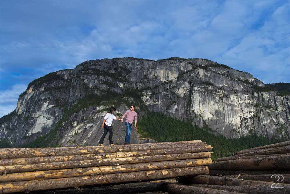 Squamish Engagement Photos | Vancouver Engagement Photographer | Wedding Photographers in Vancouver | Pacific Northwest Engagement Photos | Weddings in the Pacific Northwest | Destination Wedding Photographer