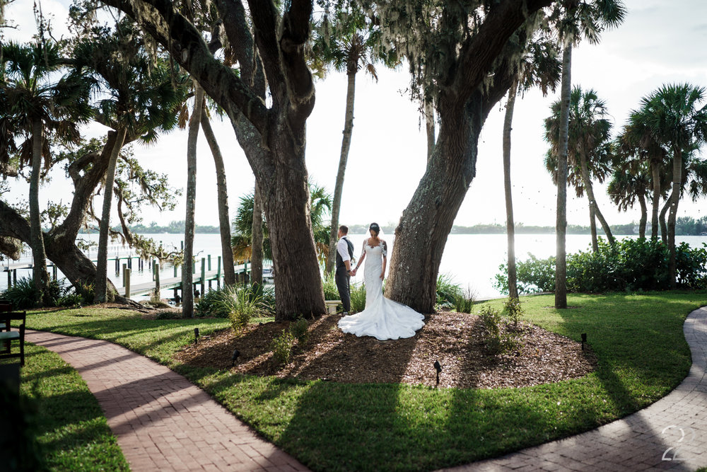 No Look First Look Weddings | Should I do a First Look at My Wedding | Destination Weddings in Florida