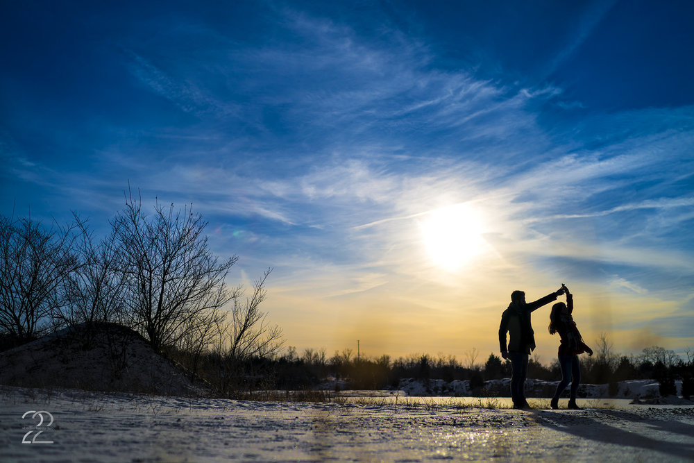 Winter Engagement Photos | Snowy Engagement Photos | Dayton Engagement Photographers | Wedding Photographers in Dayton | Columbus Engagement Photos | Wedding Photographers in Columbus | Chicago Wedding Photographers