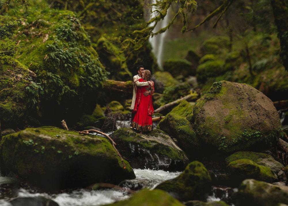 Portland Wedding Photographers - Wedding Photographers in Seattle - Studio 22 Photography
