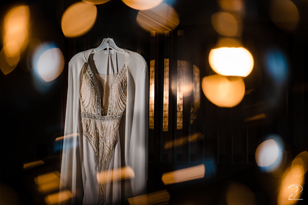 Cincinnati Wedding Dress - Studio 22 Photography