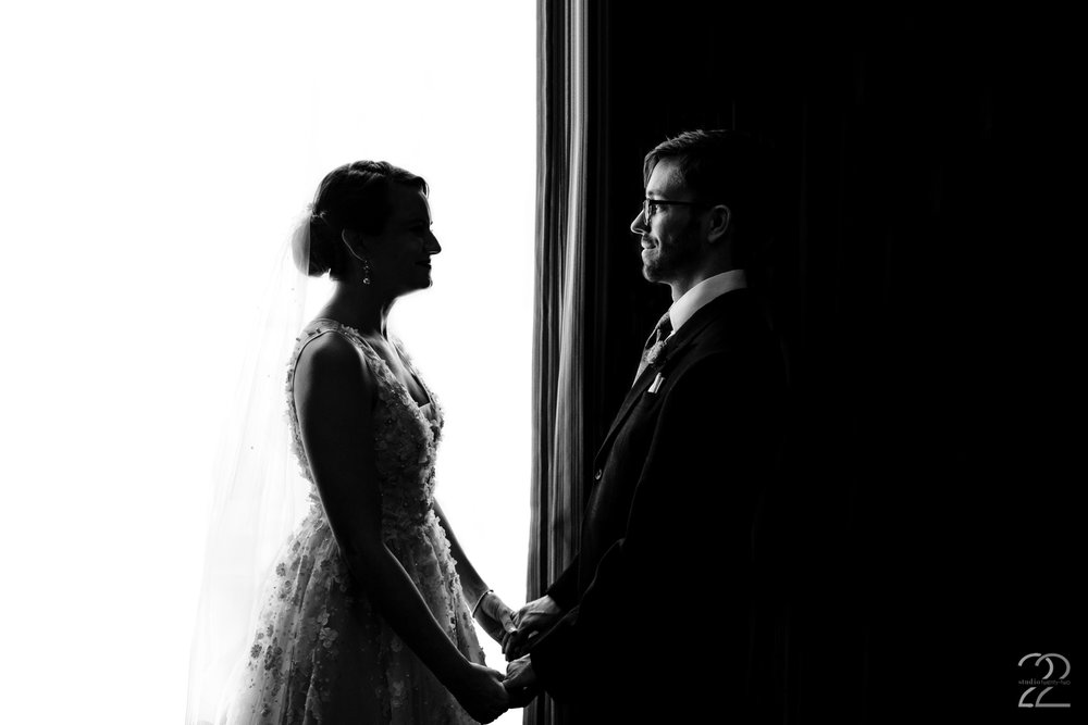 They say opposites attract. In the case of Kenton and Sarah you could not find a more perfect match. Megan is always keeping an eye out for different ways to showcase a couple on their wedding day. Whether it is using interesting locations, light, shadows, or colour you are guaranteed unique wedding photos when Studio 22 Photography takes you wedding photos.