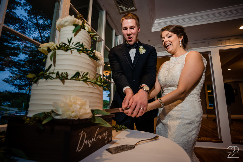 Allen Morter created an elegant wedding cake for Andrea and Patrick, they almost didn't want to cut it!