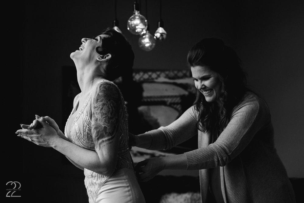 Cincinnati Wedding Photographer - Studio 22 Photography